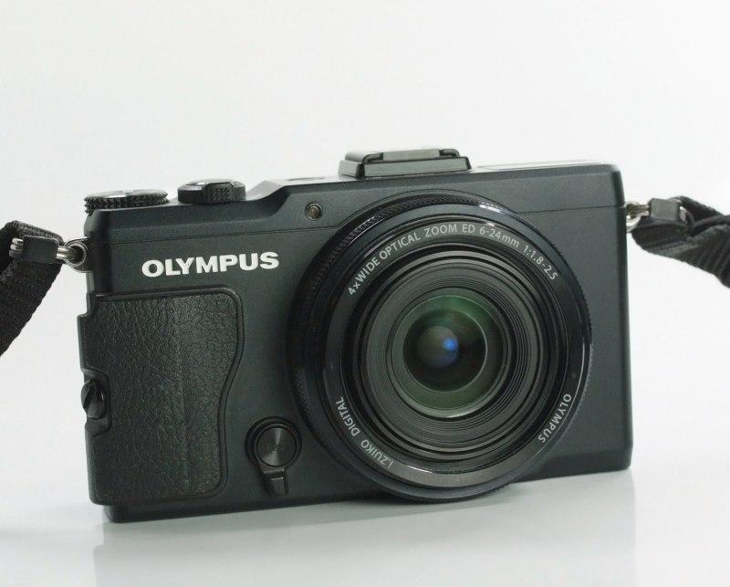 OLYMPUS Stylus XZ-2 TOP STAV