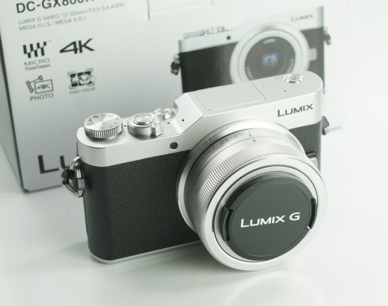 PANASONIC Lumix DMC-GX800 + 12-32mm