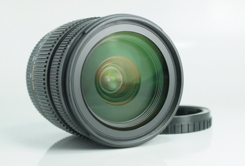 SIGMA 17-70 mm f/2,8-4 DC HSM pro SONY