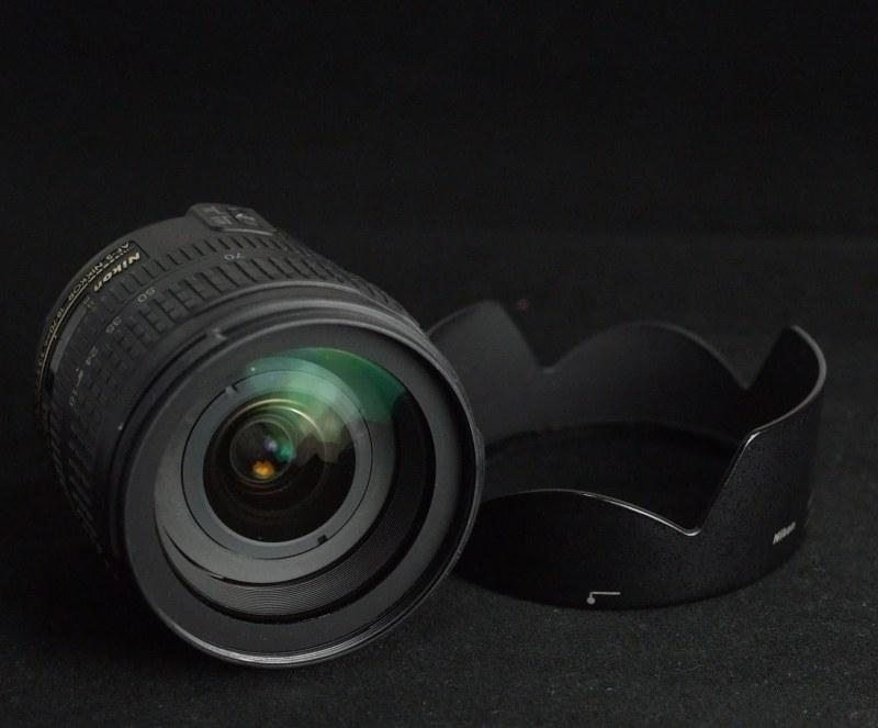 Nikon 18-70 mm F3,5-4,5G AF-S DX IF-ED
