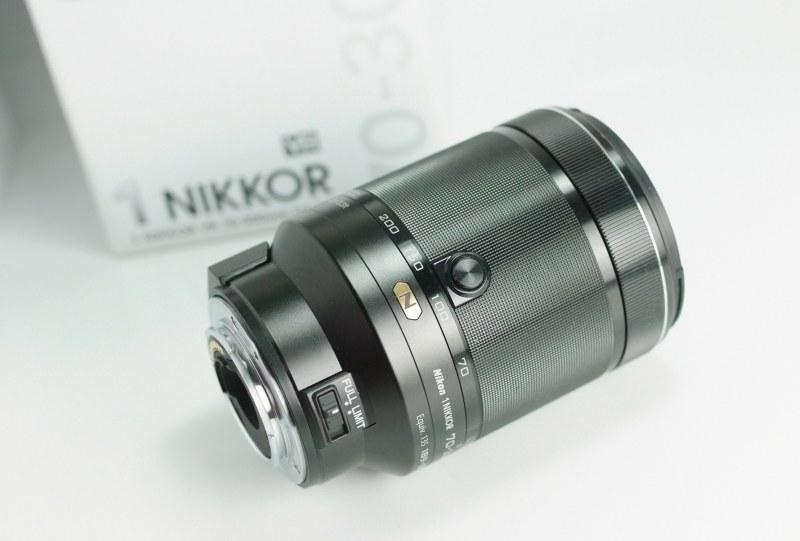 NIKON 1 70 300 mm f/4,5 5,6 VR N