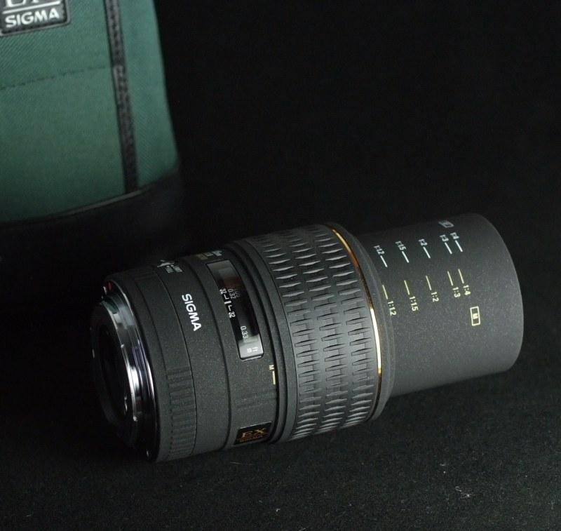 Sigma 105mm f/2.8 EX MACRO pro Canon
